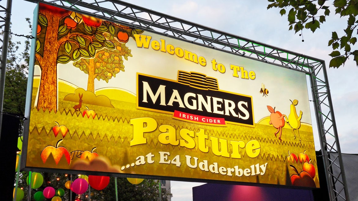 E4 and Magners Flex Face light box sign