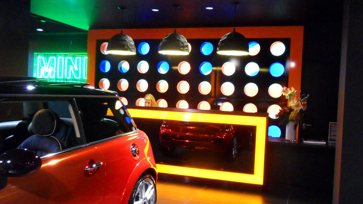 Automotive industry - Mini Park Lane feature lighting